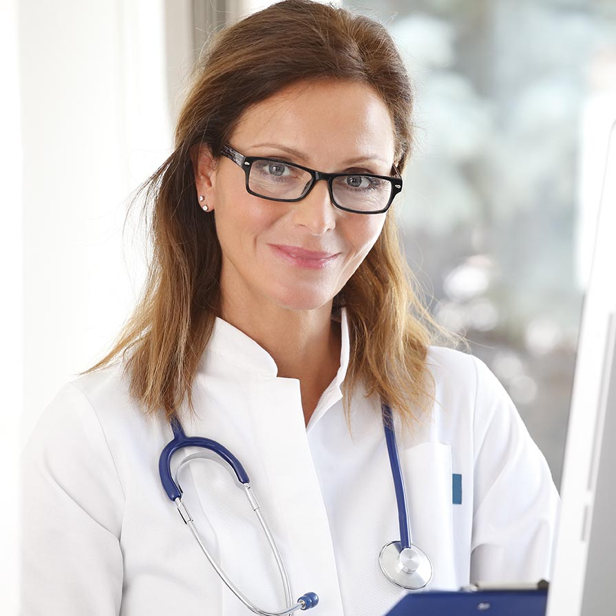 Kedves doktornő fonendoszkoppal